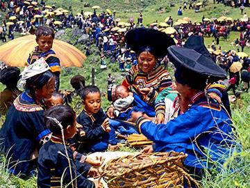 历时30年,摄影家郭建良用心记录的凉山彝族火把节作品集(二):节日习俗