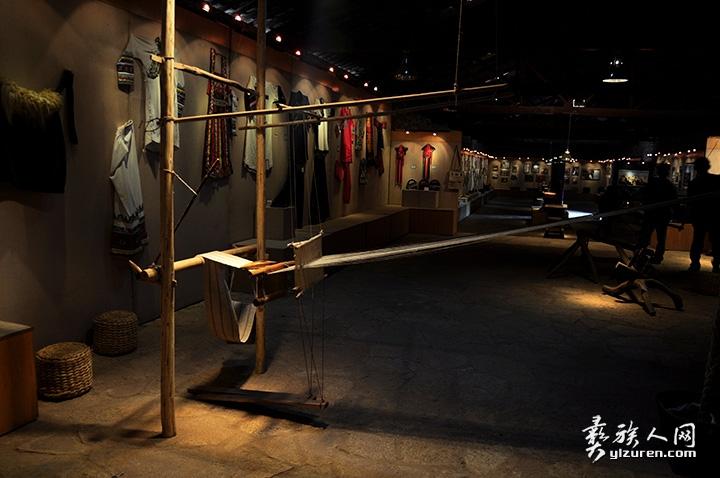 传统的生产和生活习俗是阿诗玛文化的重要体现.jpg