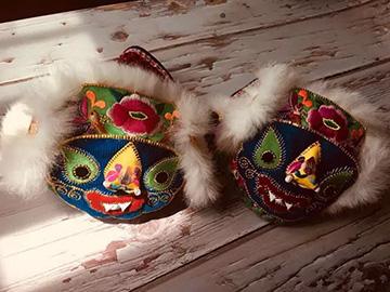 楚雄彝族虎头帽、虎头鞋、虎头枕,来自母亲指尖的爱!