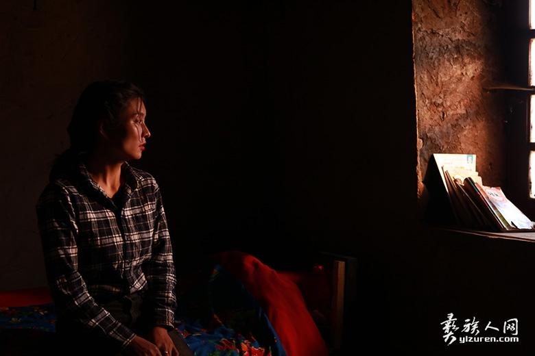 彝族题材电影《大山走出的玛薇》剧照