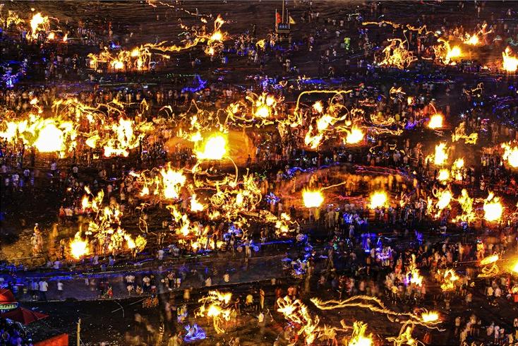 火图腾 李小平(摄)凉山州文化广播电视和旅游局供图