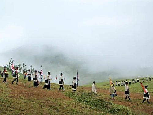 摄影记录:大凉山美姑县的彝族毕摩