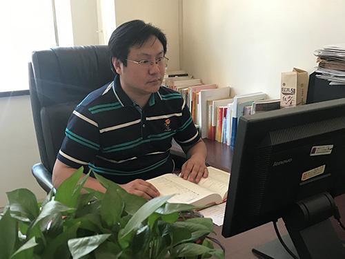 余华:《新时代视野下的彝语文翻译研究》后记