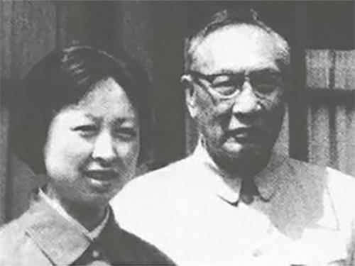 """卢国梅:父亲卢汉是最后一代""""云南王"""""""