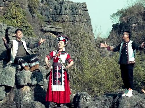 推荐:一首弥勒西山彝族阿细歌曲《情满西山》