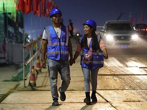 点赞!马边彝族年轻夫妻为雄安新区建设添砖加瓦
