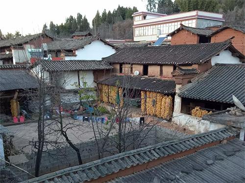 彝族密岔村图像志(五):武定县依纳格村