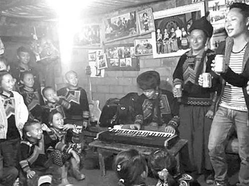 马边彝族年:传统与现代 ——一部采录自小凉山真实生活的音像