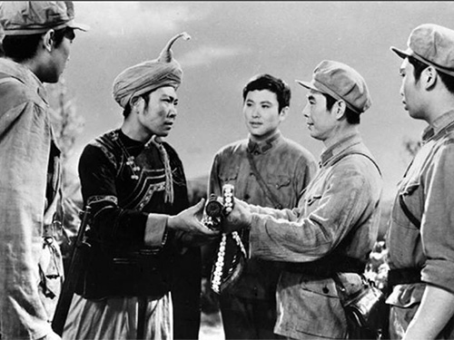 紫光阁:长征是民族团结的胜利