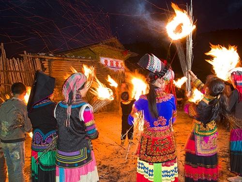以《火把节的欢乐》谈花腔艺术歌曲的演唱
