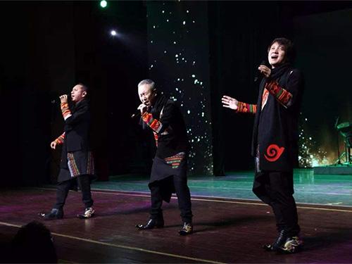 """""""民俗化""""视野下的彝族当代流行音乐"""