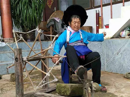 保山杨柳乡甘沟村彝族麻纺织传统工艺