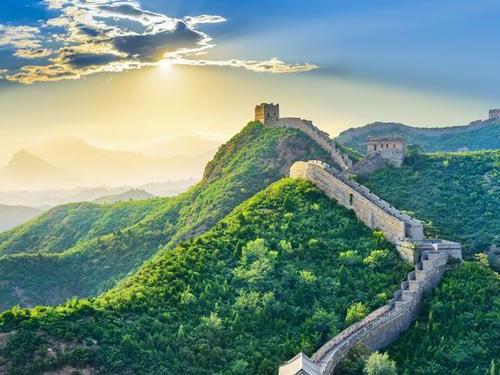 各民族共同建设中华民族共同体