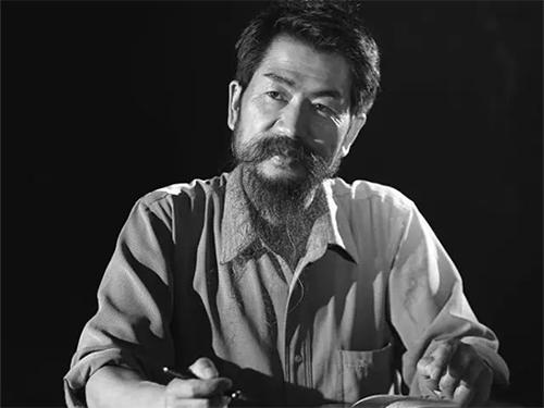 彝族作家普显宏编印《放言五年》文集