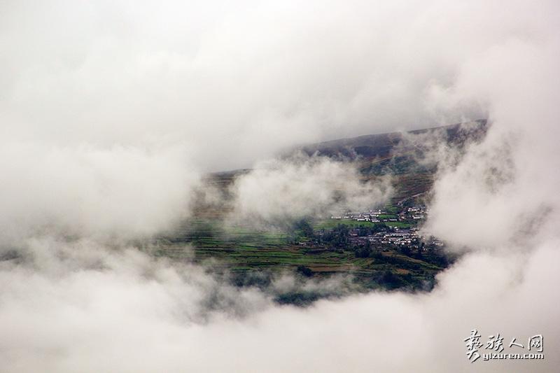 《雾镜-》邱卫民摄---补尔乡