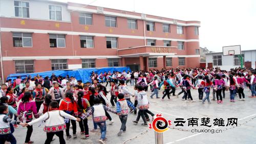 五街镇校园彝族民俗文化氛围浓430
